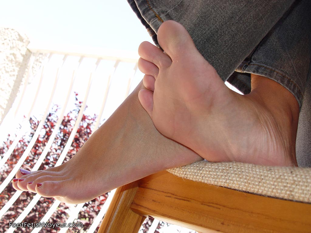 Sexy foot fetish