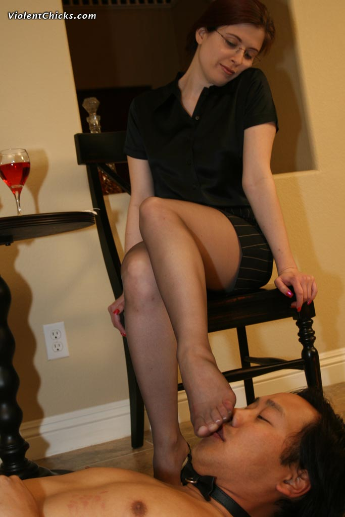 Beautiful Mistress is allowing her sub to worship her perfect feet